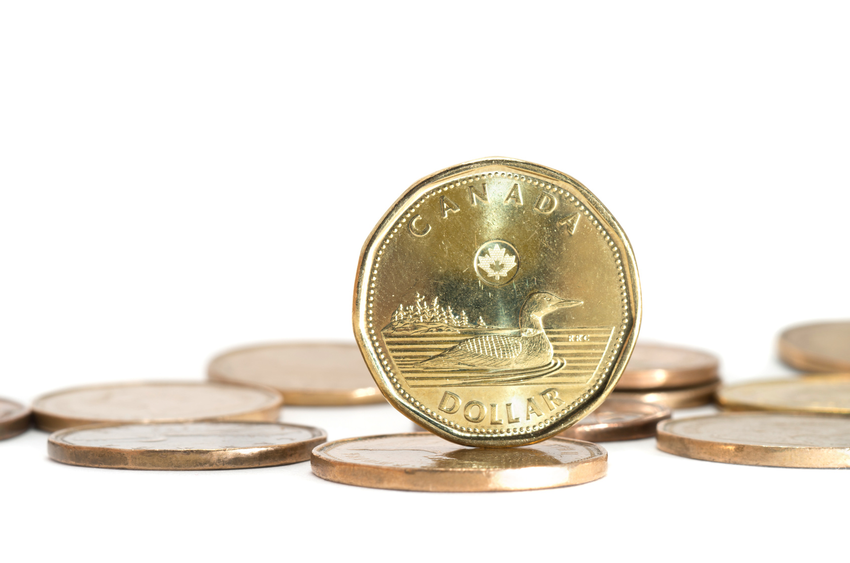 The challenges and opportunities of the Canadian dollar's decline